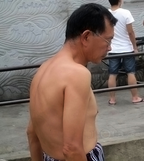 Glasses old daddy in striped underwear to swimming