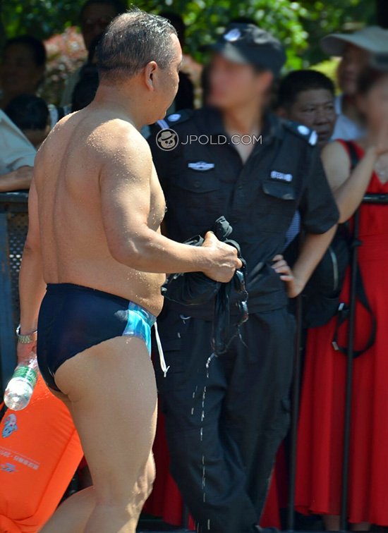 Swimming old daddy in a blue striped underwear